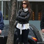 Sofia Vergara impatiently waits for ride in NYC  83407