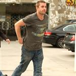 Scott Speedman buzz cut on set of new movie Funny People 28604