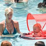 Tori Spelling and Kevin Federline Jr in Palm Springs with family on Memorial Day weekend 39828
