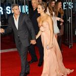 George Clooney and Stacy Keibler at London premiere of The Descendants  96697