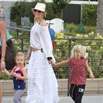 Gwen with her adorably hilarious kids at the beach the other day  120788