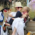 Gwen with her adorably hilarious kids at the beach the other day  120796