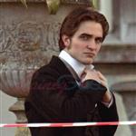 Robert Pattinson on set of Bel Ami  56866