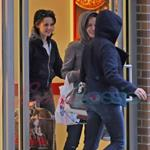 Kristen Stewart with Nikki Reed, Paris Latsis, and Elizabeth Reaser in Vancouver 46377