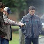 Jared Padalecki and Jensen Ackles shoot Supernatural funeral 77136