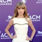 Taylor Swift at the 2012 ACM Awards 110320