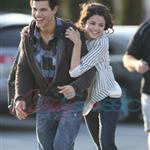 Selena Gomez and Taylor Lautner break up over pressure from his family and studio 40082