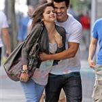 Selena Gomez and Taylor Lautner break up over pressure from his family and studio 40078
