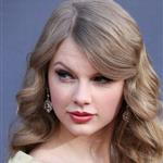 Taylor Swift at the ACMs  82602
