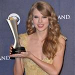 Taylor Swift at the ACMs  82603