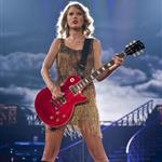Taylor Swift performs in St Louis 92131