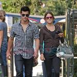 Nikki Reed and Taylor Lautner catch up in Vancouver before Eclipse  44223