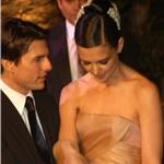 Tom Cruise presenting Katie Holmes 60432