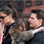 Tom Cruise with Katie Holmes and Suri in New York 100743