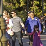 Tom Cruise takes Suri to Disneyland 103827