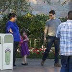 Tom Cruise takes Suri to Disneyland 103830