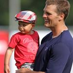 Gisele Bundchen and the kids visit Tom Brady at training camp  122745