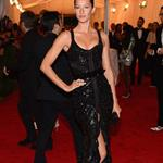 Gisele Bundchen at the Met Gala 2012 113799