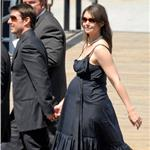 File photos of Katie Holmes pregnant the first time around 55837