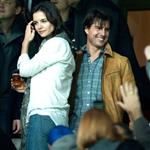 Katie Holmes at soccer game in Spain with Tom Cruise and Cameron Diaz 51975