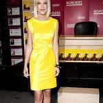 Tori Spelling at her book signing at Borders in NYC 63537