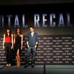 Jessica Biel, Kate Beckinsale and Colin Farrell attend the Total Recall photo call at Summer of Sony 4 Spring Edition in Cancun, Mexico 111603