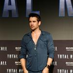 Colin Farrell attends the Total Recall photo call at Summer of Sony 4 Spring Edition in Cancun, Mexico 111617