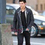 Taylor Lautner out and about in Vancouver 35371