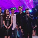 Peter Facinelli, Elizabeth Reaser, director Bill Condon and Robert Pattinson, Taylor Lautner and Jackson Rathbone onstage during the 2012 MTV Video Music Awards 125358