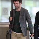 Michael Sheen arrives in Vancouver for final Twilight reshoots  112786