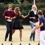 Uma Thurman Elle Macpherson with Arpad Busson and children in London 64677