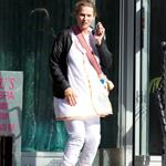 Uma Thurman leaves a massage appointment  112207