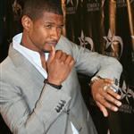 Usher rehires mother as manager 23346