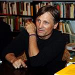 Viggo Mortensen promotes anthology of Argentinean poetry in Barcelona 71863