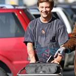 Mike Welch arrives in Vancouver to shoot New Moon 36244