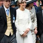 Catherine at Epsom Derby June 2011  86848