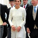 Catherine at Epsom Derby June 2011  86854