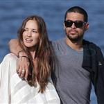 Wilmer Walderrama and Minka Kelly walk arm in arm along the foreshore at Balmoral, Sydney 110510
