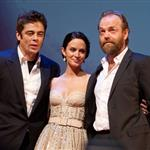 Benicio del Toro, Emily Blunt and Hugo Weaving promoting The Wolfman in Moscow 54598