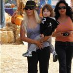 Christina Aguilera takes son Max to pumpkin patch as news breaks she's filed for divorce 70840