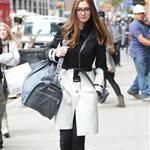 Anne Hathaway's amazing coat in New York  95542