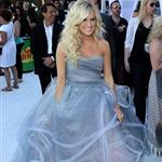 Carrie Underwood in Oscar de la Renta at Billboard Music Awards 104503