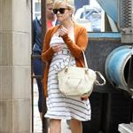 reese witherspoon 04may12 03.jpg