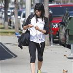 selma blair 25may12 02.jpg