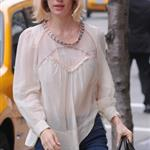 January Jones's short pants  102697