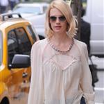 January Jones's short pants  102699